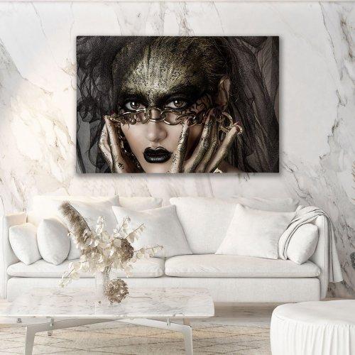 Obraz na płótnie CANVAS 120x80 A183 Kobieta na łańcuchu